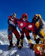 Eight Siblings set Guinness Record scaling Everest